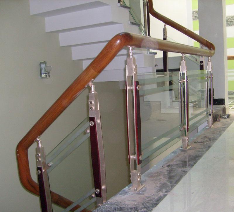 Tìm hiểu về trụ inox cầu thang